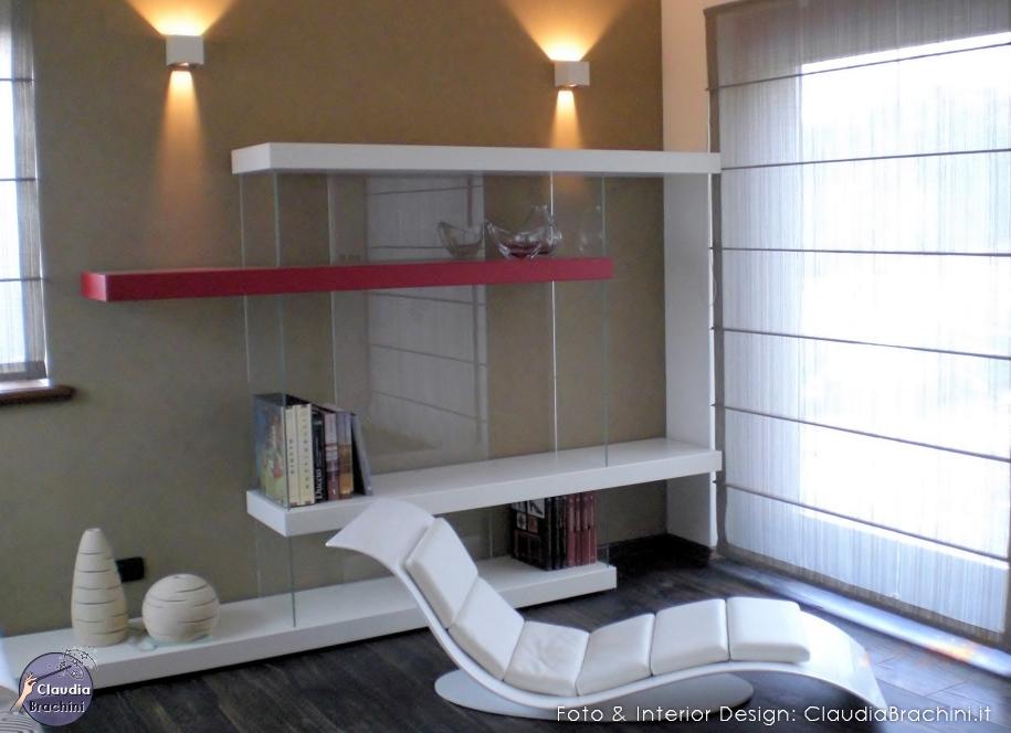 libreria Air Lago e chaise longue, tenda steccata